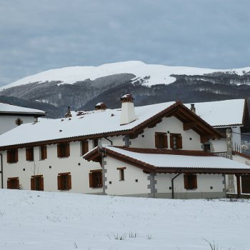 Adipe - Casa Urrutikoborda